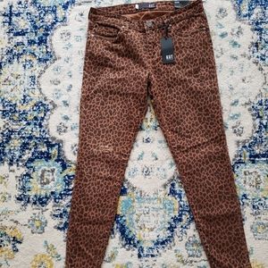 BRAND NEW Kut from the Kloth Leopard Jeans